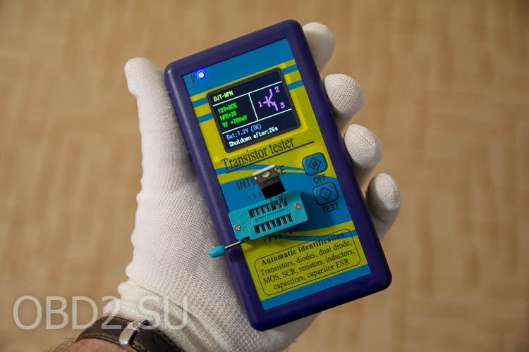 Универсальный тестер транзисторов - внешний вид